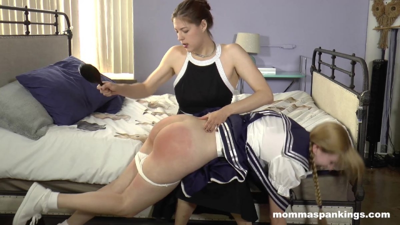 mother spanking