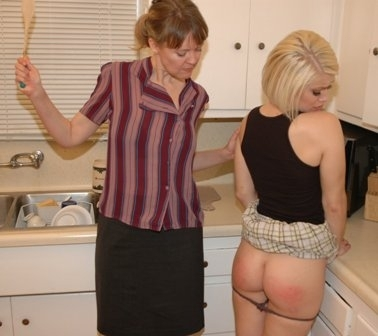 wooden-spoon-mother-daughter-spankingWEB
